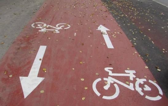 для выделения велосипедных дорожек